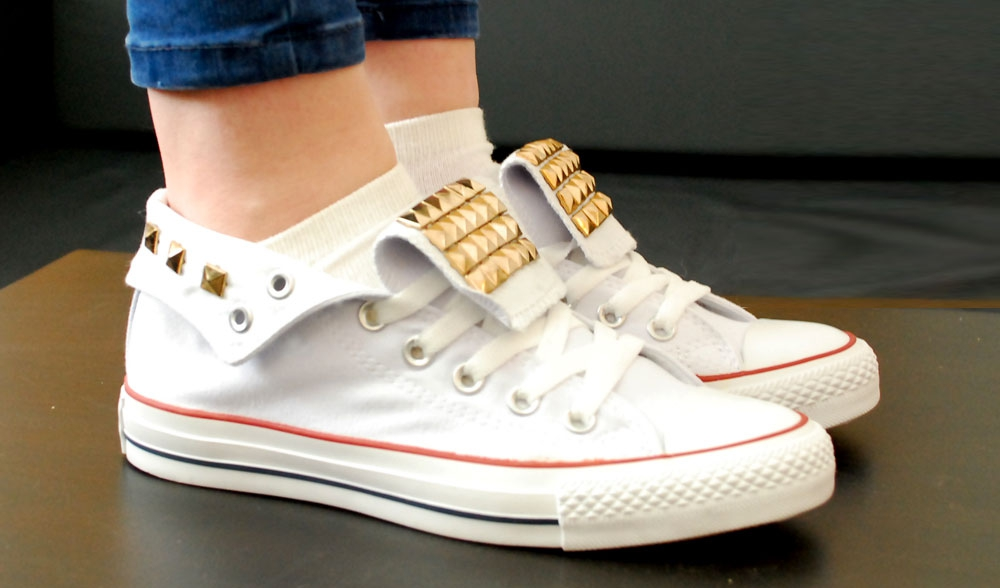 converse all star golden spikes white woman