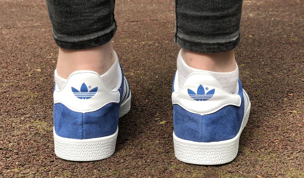 adidas gazelle white blue woman