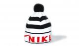Шапка зимняя Nike Black/White