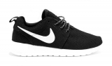 Nike Roshe Run Black/White Woman