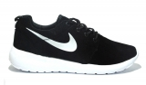 Nike Roshe Run Black/White Suede
