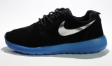 Nike Roshe Run Black/Blue Suede